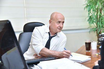 דני-אורדן-עורך-דין-בנקים